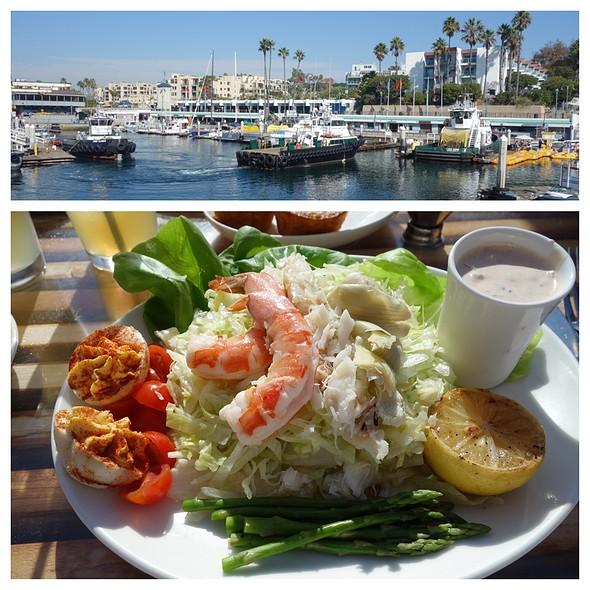 Seafood Louie Salad - Kincaid's - Redondo, Redondo Beach, CA