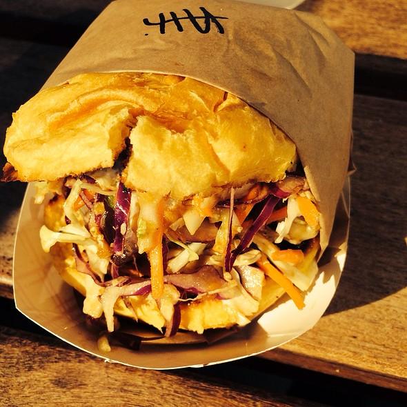 Ahi Burger @ Gott's Roadside (Formerly Taylor's Automatic Refresher)