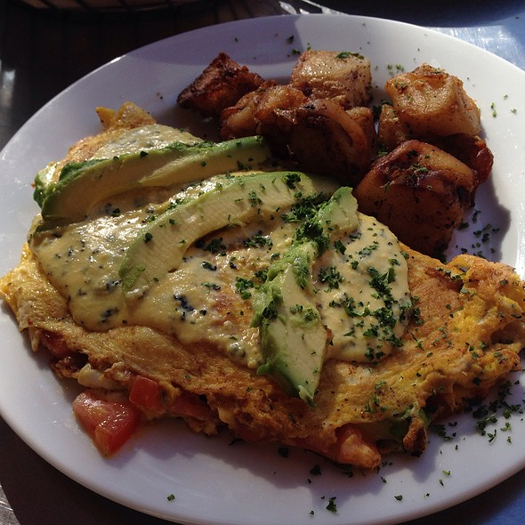 Dungeoness Crab And Avocado Omelette