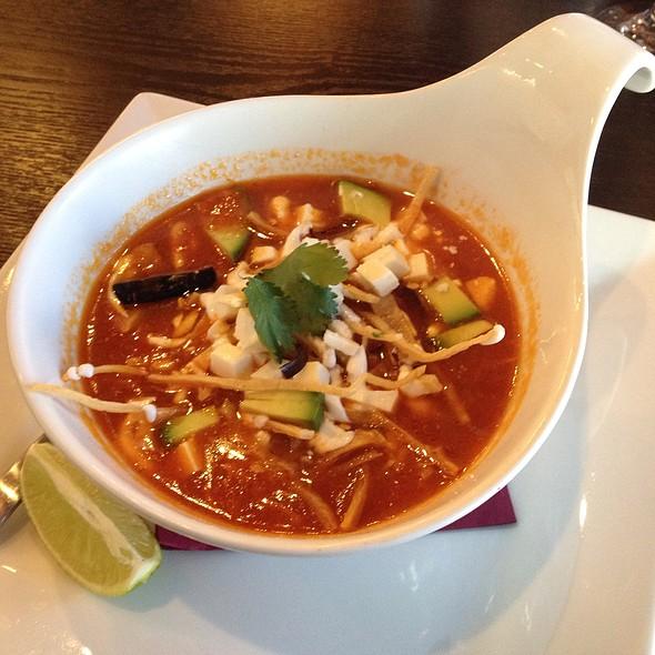 Tortilla Soup @ Bien Salsa