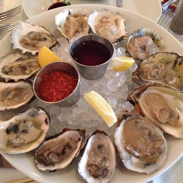 Oysters - Prime: An American Kitchen & Bar, Huntington, NY, Huntington, NY