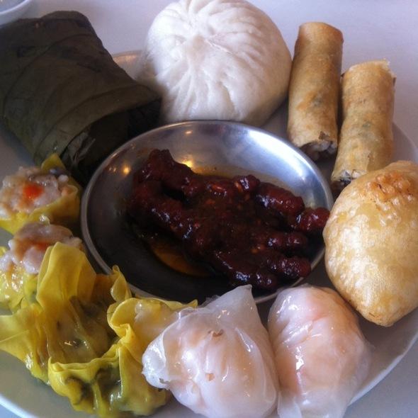 Dim Sum Platter @ Hong Kong Chef