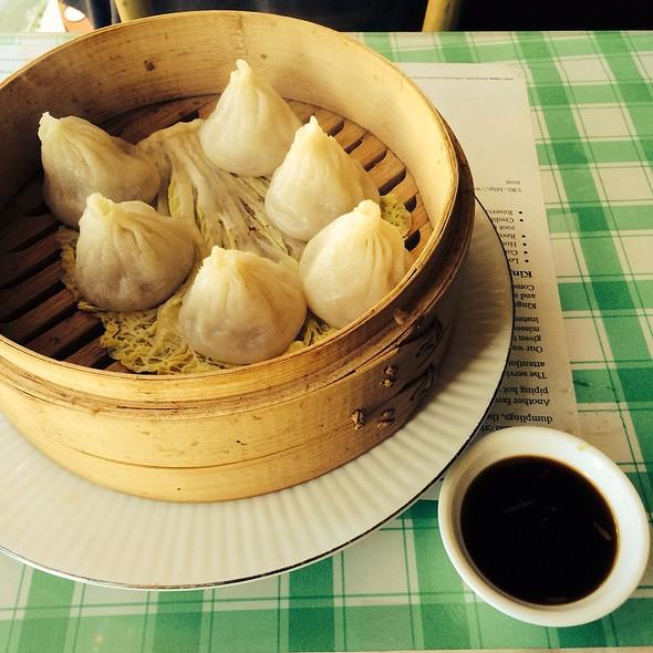Soup Dumplings @ Kingdom of Dumpling