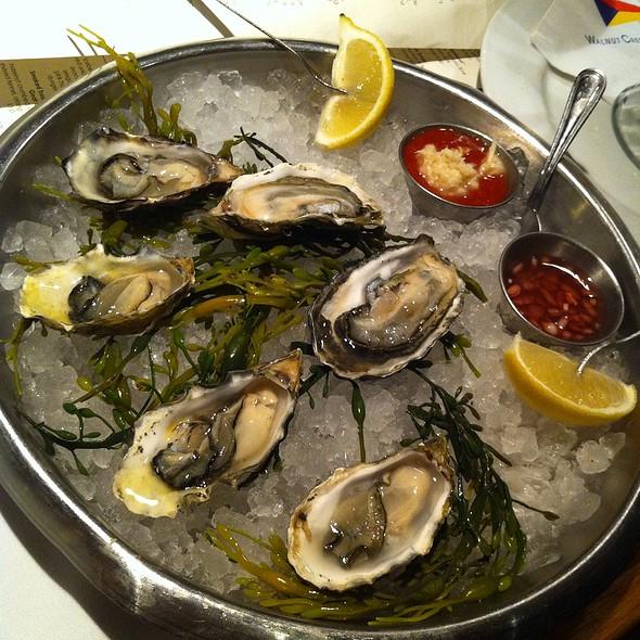 Oysters On The Halfshell @ walnut creek yacht club