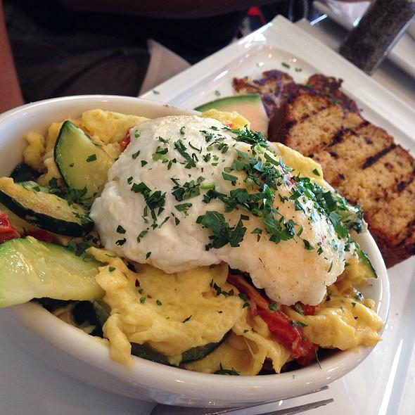 Roasted Vegetable Omelette @ Great Maple