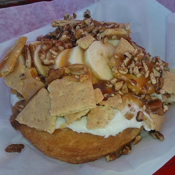 Granny's Pie Donut