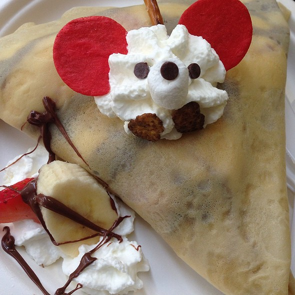 happy face crepe @ Belly Good Cafe & Crepes