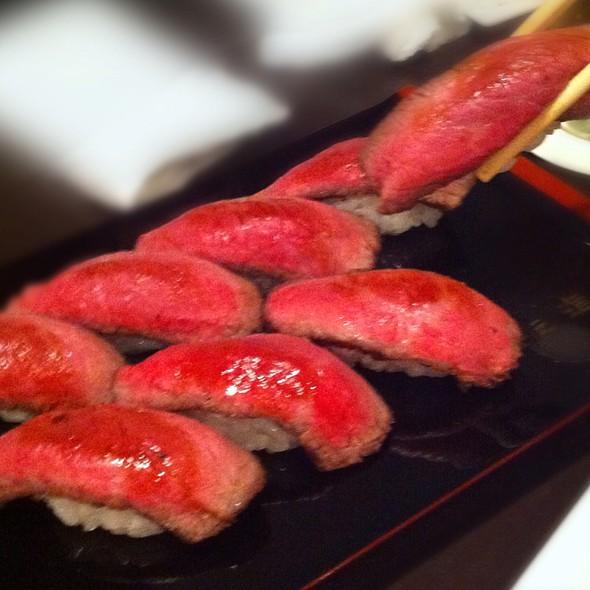 Beef Nigiri Sushi @ 格之進R
