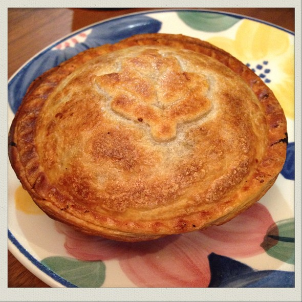 Curry Minced Pie @ Chookys