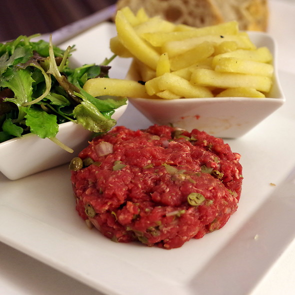 steak tartare @ Le 20 restaurant et bar à vins