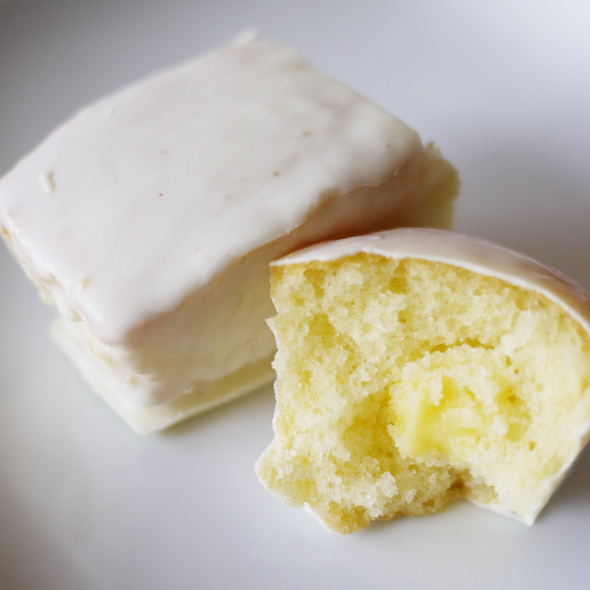 "lemon ""twinkies"" @ Lulu Cake Boutique"