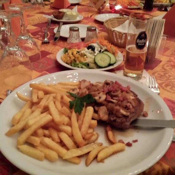 Steak-Frites @ la fontana