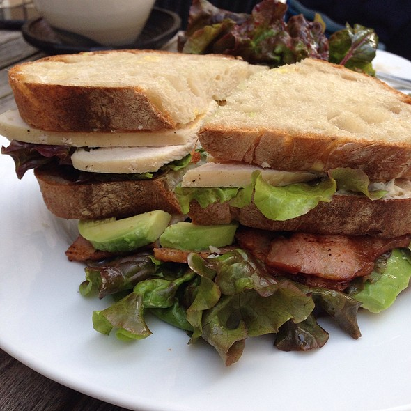 Cobbler Trio Sandwich @ Good Honest Grub