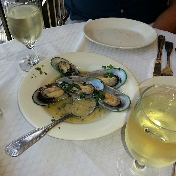 Oysters - Bella Sogno, Bradley Beach, NJ