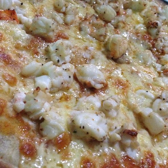 Pizza De Langosta @ Restaurante Edelyn