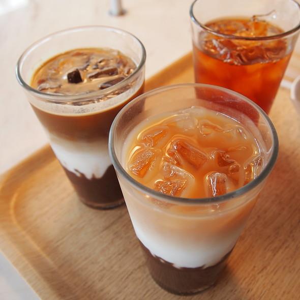 Chocolate drinks @ 100% Chocolate Cafe