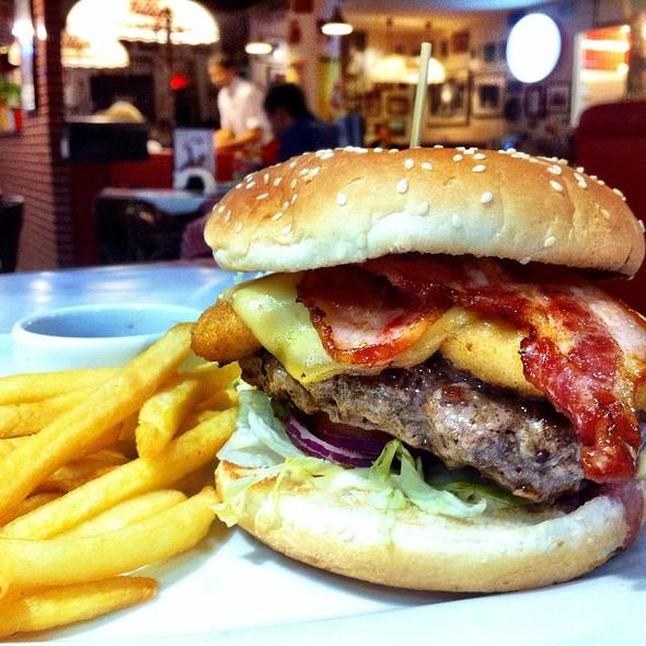 Burger @ Billy's (Medison)
