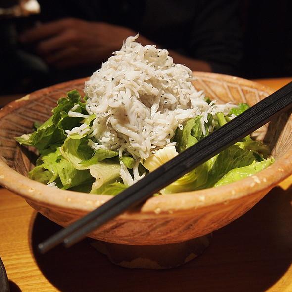 Shirasu and Lettuce Salad  @ 和食 えん 丸の内店