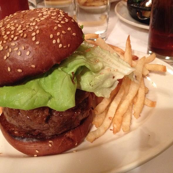 Black Label Burger @ Minetta Tavern