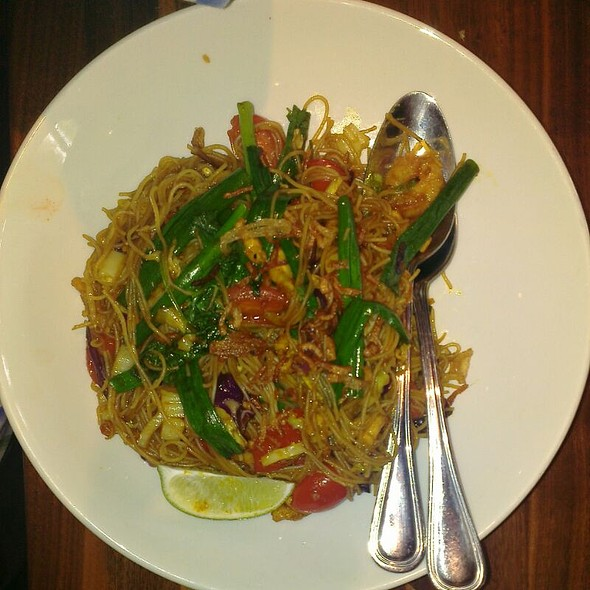 Singapore Street Noodles @ P.F. Chang's China Bistro