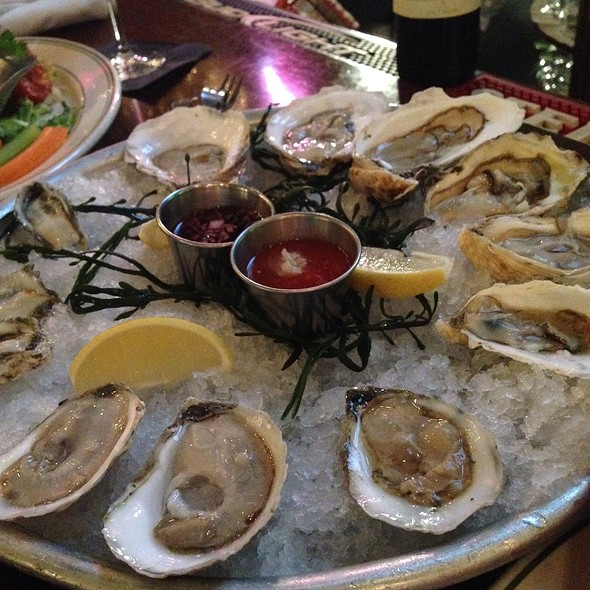 Dozen Raw Oysters - City Lobster & Steakhouse, New York, NY