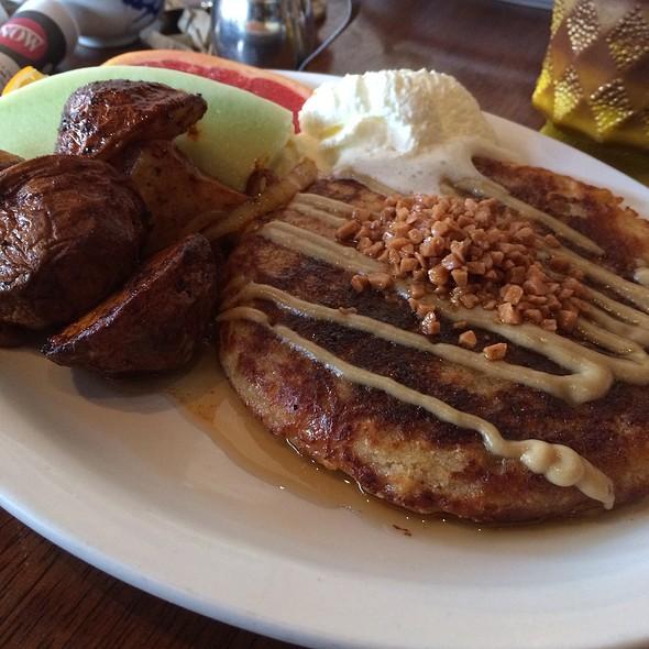 Oatmeal Buttermilk Pancakes