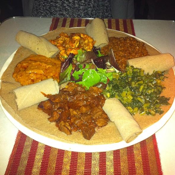 Pero Platter- Beef, Chicken, Collard Greens, Chickpeas, Lentils. @ Pero Restaurant & Lounge