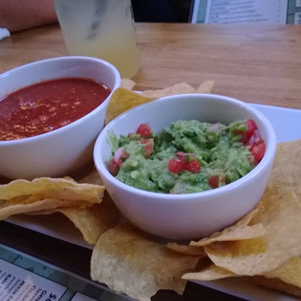 Chips & Salsa & Guacamole @ Red Pepper Taqueria