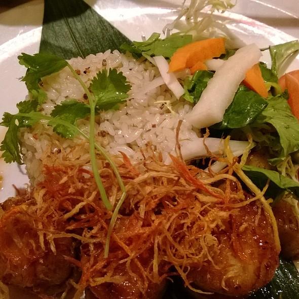 Pan Seared Scallops and Garlic Fried Rice @ Typhoon Asian Bistro