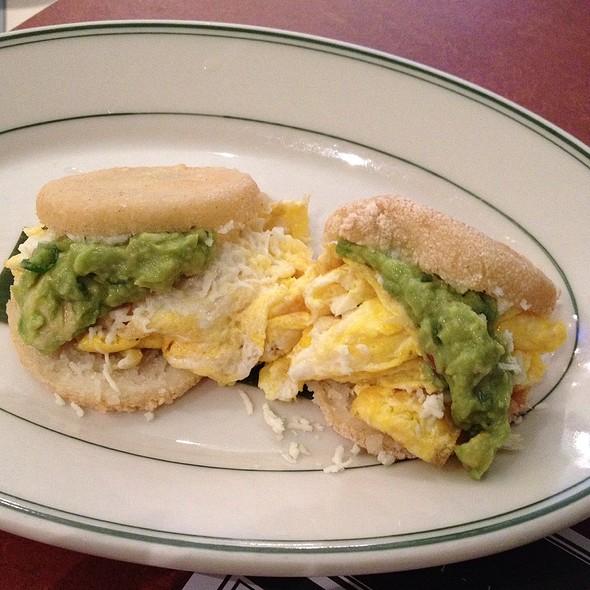 Desayuno Paisa @ Coppelia