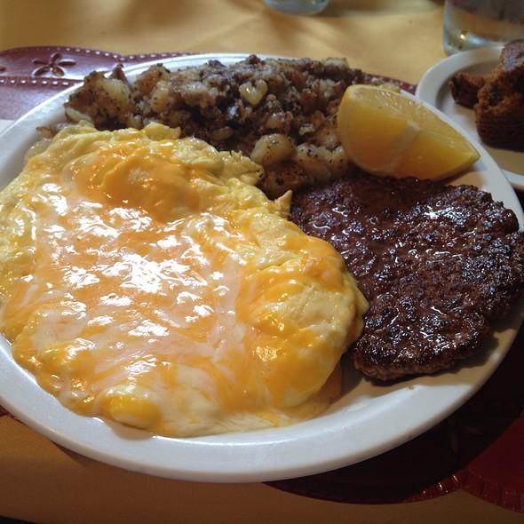 Californian Scramble @ Judy's Cafe