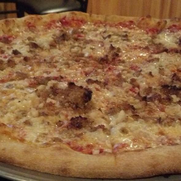 Pizza @ Kings Ristorante Italiano