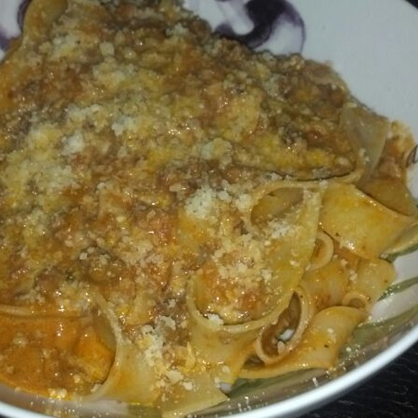 Pappardelle Bolognese @ Home