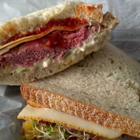 Roast Beef Sandwich @ Circles On the Square