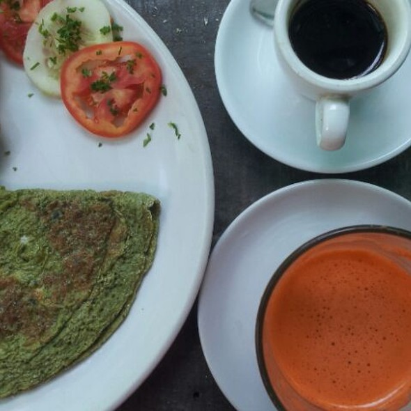 Green Omelette @ Artjuna Lifestyle Shop & Cafe