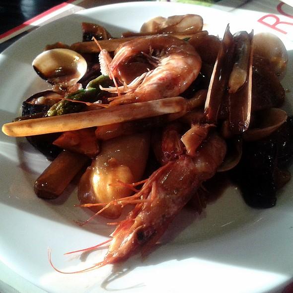 Seafood and mushrooms wok @ Kintaro
