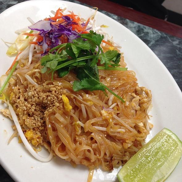 Thai Basil Long Beach Ca