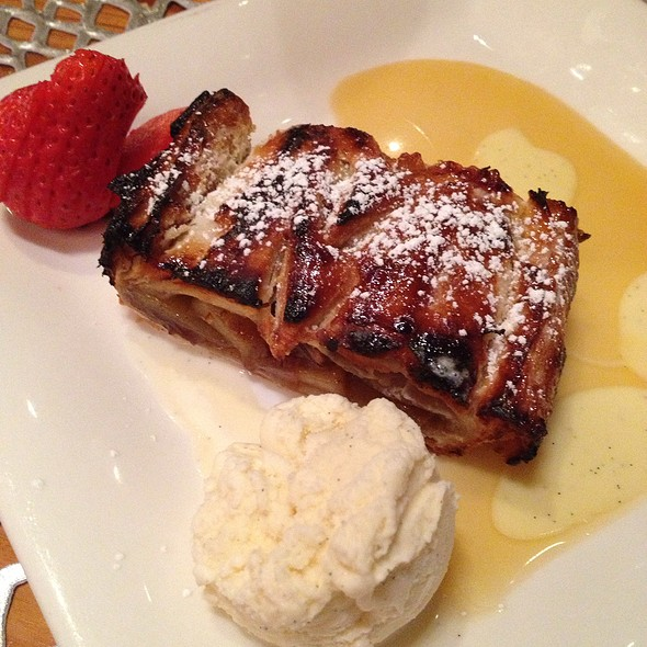 Apple Strudel - Chinook Tavern - The 'Zermatt Room' Our Interactive Fondue and Raclette Experience, Greenwood Village, CO
