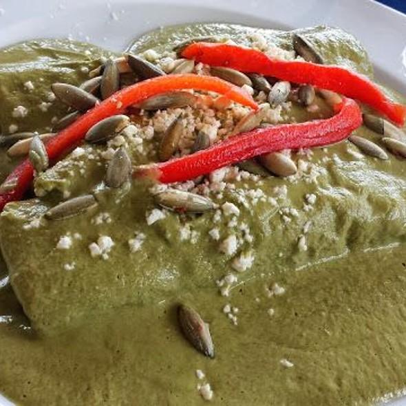 Pipian Enchiladas @ El Ciruelo