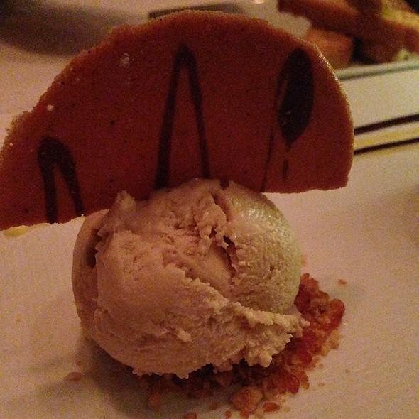 Hazelnut gelato - Fascino, Montclair, NJ