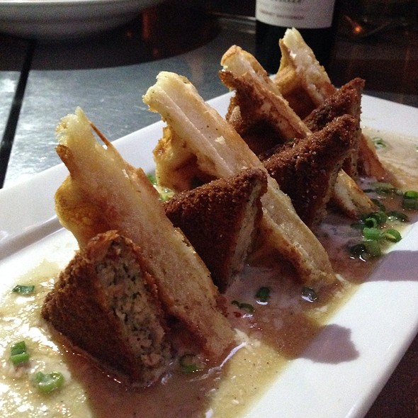Chicken and Waffles @ Euclid Hall Bar & Kitchen