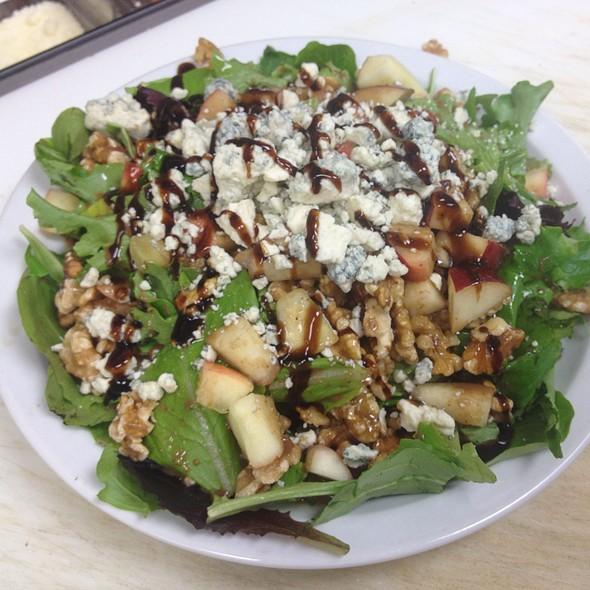 Spring Mix Salad @ DeLorenzo's Pizza