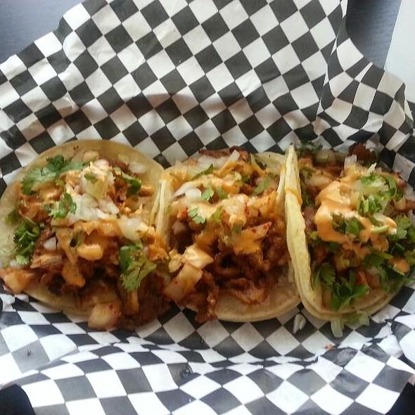 Dejigogi tacos @ L A Burger