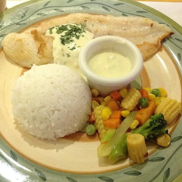 Cafe arabela menu liliw laguna foodspotting for Pan grilled fish