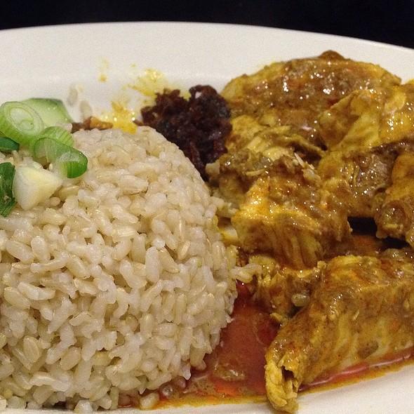 Chicken Rendang @ Savory Café