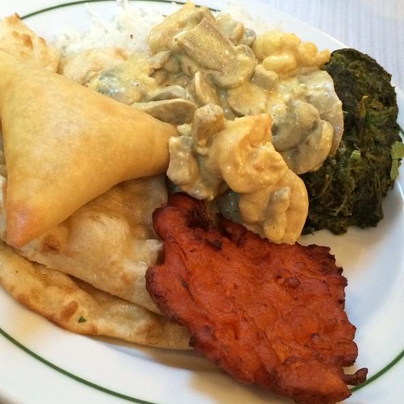 buffet @ Taste Of Nepal