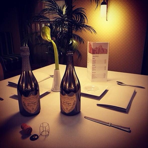 Champagne Dom Pérignon - Foodspotting