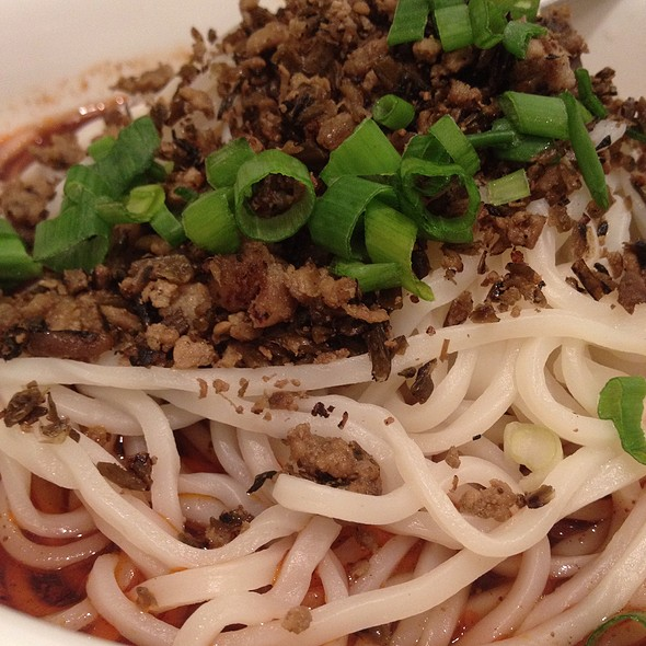 Sichuan Dan Dan Noodles - Beijing Noodle Bar - Caesars Palace Las Vegas, Las Vegas, NV