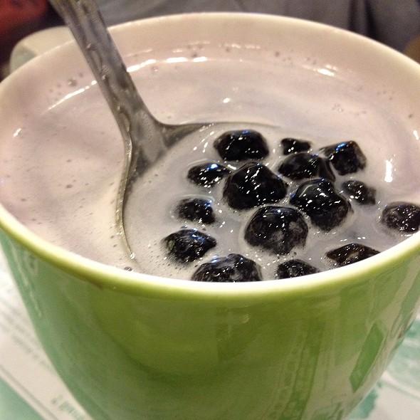 Taro Milk Tea with Boba @ Tea Station