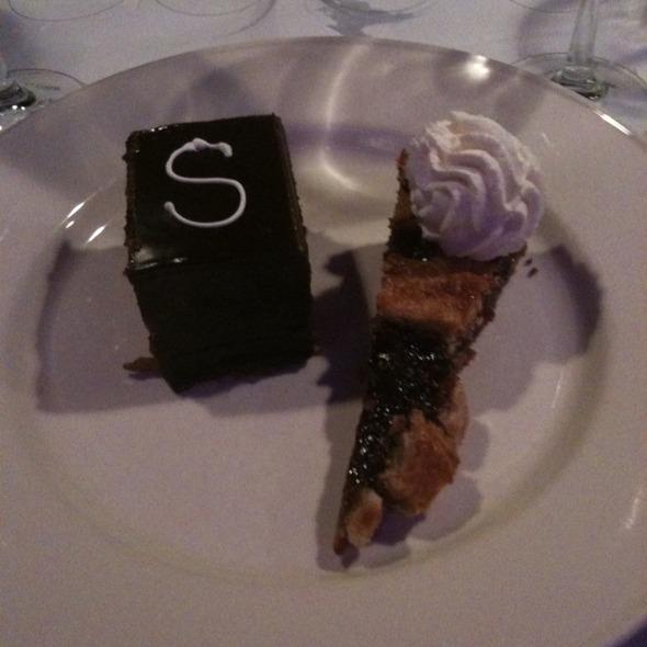Linzer And Sacher Torte - Bistro 185, Cleveland, OH